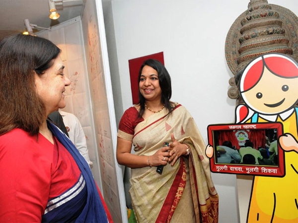 Maneka launches 'Beti Bachao Beti Padhao' scheme in 61 more districts for upliftment of girl child