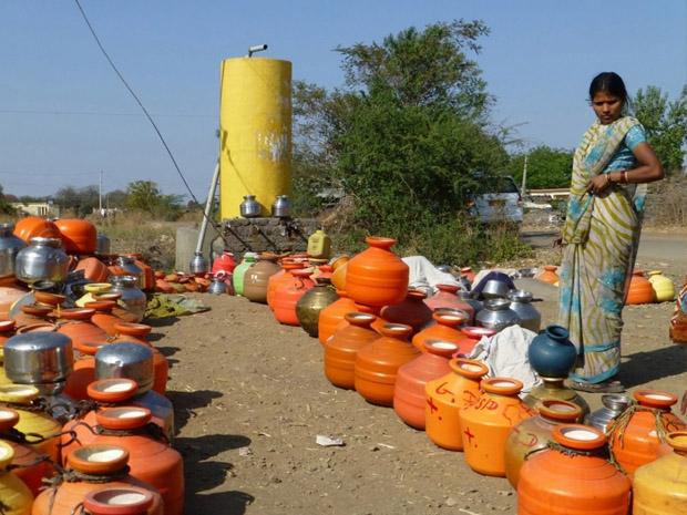 सूखा व बाढ़ प्रभावित कर्नाटक, पुद्दुचेरी व अरुणाचल को केंद्र ने दिये 843 करोड़ रु
