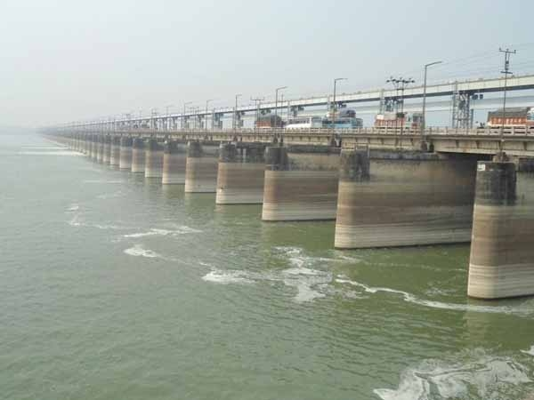IWAI takes up construction of Navigational Lock at Farakka under Jal Marg Vikas Project