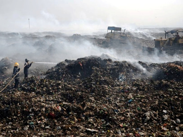 Three people caught accused in Deonar dumping ground fire