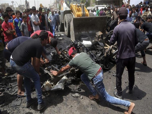 ISIS bombs public market in Baghdad, around 87 killed and 64 wounded