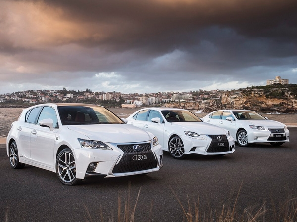 Japanese auto giant Toyota to recall 19,529 Lexus vehicles in China due to defective engines