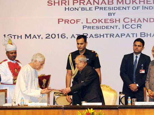 President Pranab Mukherjee urges ICCR to continue to support Tagore scholars across the world