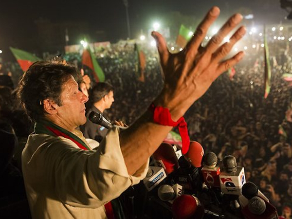 Pakistan Tehreek-i-Insaf chief says Sharif won't be spared if proven guilty in Panama leaks