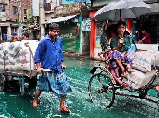 24 killed, hundreds injured as Cyclone Roanu hits Bangladesh's Chittagong-Noakhali coast