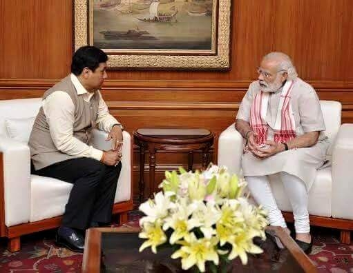 PM Modi praises Sonowal; reiterates government's belief in cooperative federalism