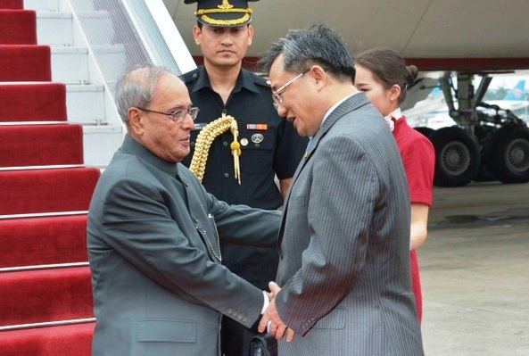 President Mukherjee arrives in Guangzhou; talks with top leaders of China on agenda