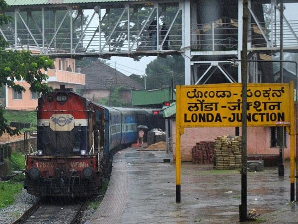 Govt to undertake doubling of 'Pune-Miraj-Londa' and 'Surendranagar-Rajkot' railway lines