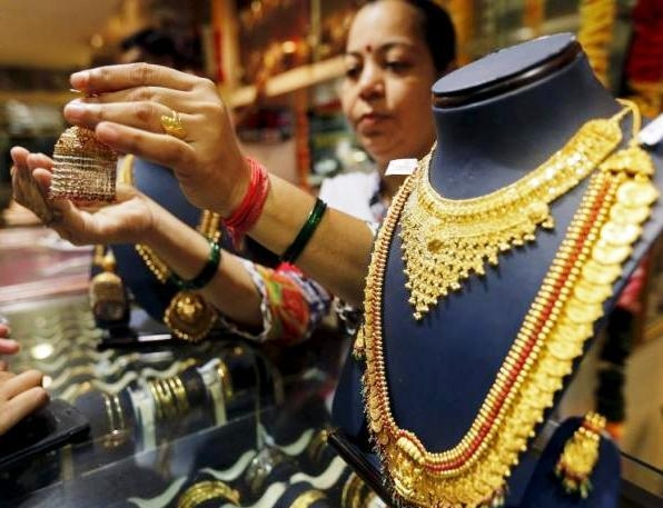 E-retailers expect big boost in business as gold and diamond demand goes up on Akshaya Tritiya