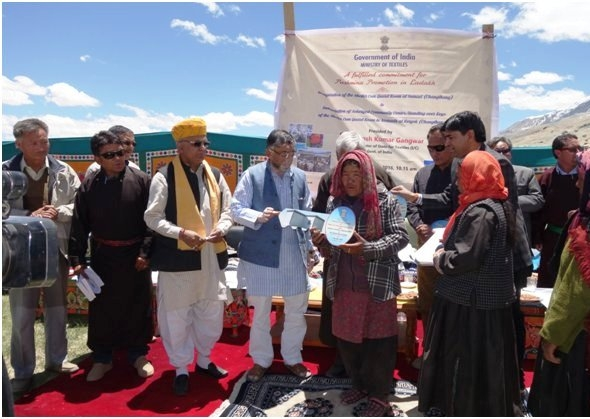 Gangwar dedicates five solarized community Centres for benefit of wool growers in Ladakh