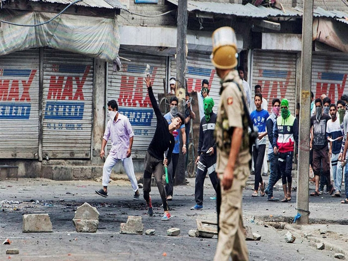 Post-Wani encounter violence takes toll of 23 in Kashmir