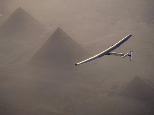'Solar Impulse 2' crosses Mediterranean Sea and pyramids to reach Egypt in penultimate flight