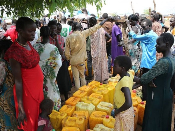 UN supply warehouse in Juba looted; non-critical staff ordered to relocate