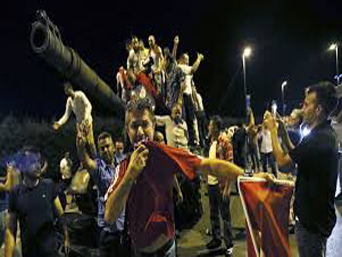 Unsuccessful military coup in Turkey; over 160 killed, 2800 arrested