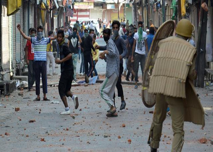 Kashmir unrest adversely affects road construction by BRO in the valley