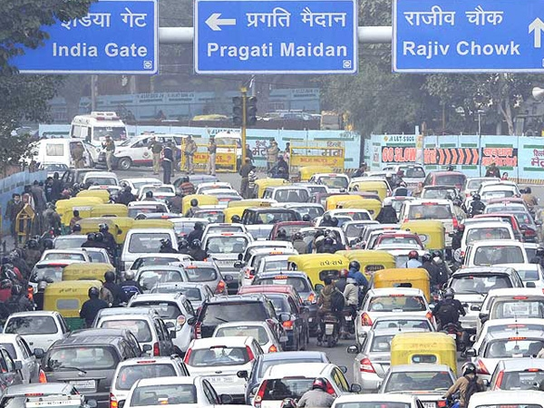 NGT orders ban on diesel vehicles more than 10 years old to control pollution in Delhi