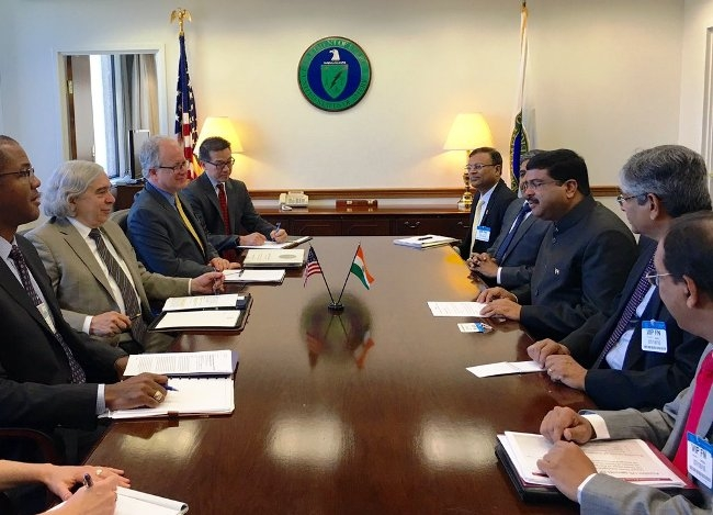 India and US decide to strengthen cooperation in oil and gas sector
