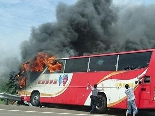 Taiwan bus crash sets ablaze 26 tourists on board