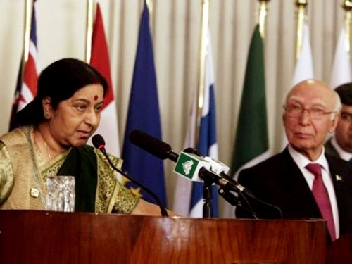 Pakistan will never be able to make Jammu Kashmir a 'terror hell': Sushma