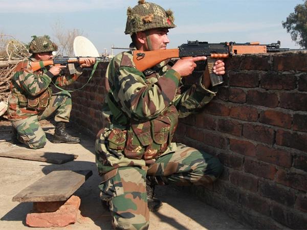 जम्मू-कश्मीर: पहलगाम मुठभेड़ खत्म; सुरक्षाबलों ने मार गिराए हिजबुल मुजाहिदीन के 3 आतंकी