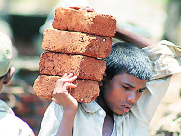 #YogiSarkar constitutes two dozen teams to eliminate child labour in state