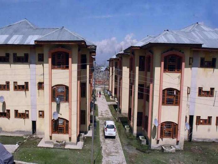 Centre asks J & K Govt to identify land for Kashmiri migrants