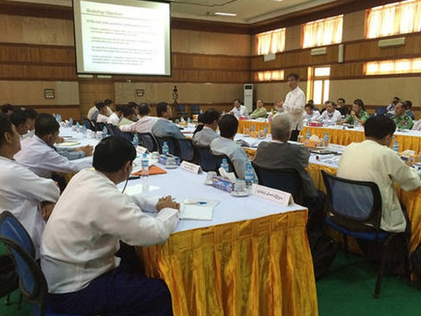 UNESCO trains Myanmar spokespersons on media relations; stresses on pursuing media development