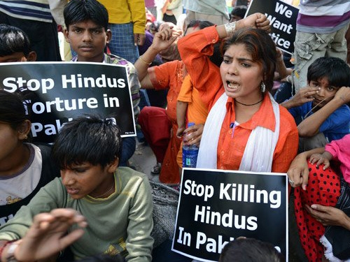 Gunmen attacks two Hindu men in Pakistan; one killed and other critically wounded