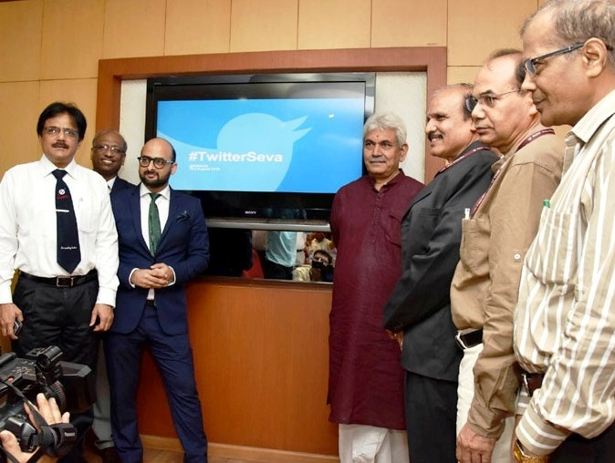Sinha launches 'Twitter Seva' for transparent administration in telecom and postal sectors
