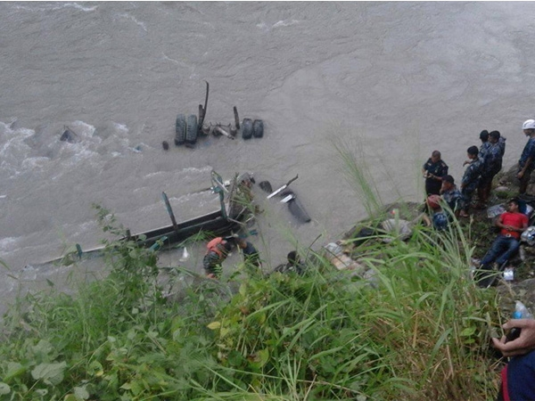 Bus falls in Trishuli River in Nepal; 22 bodies recovered till now