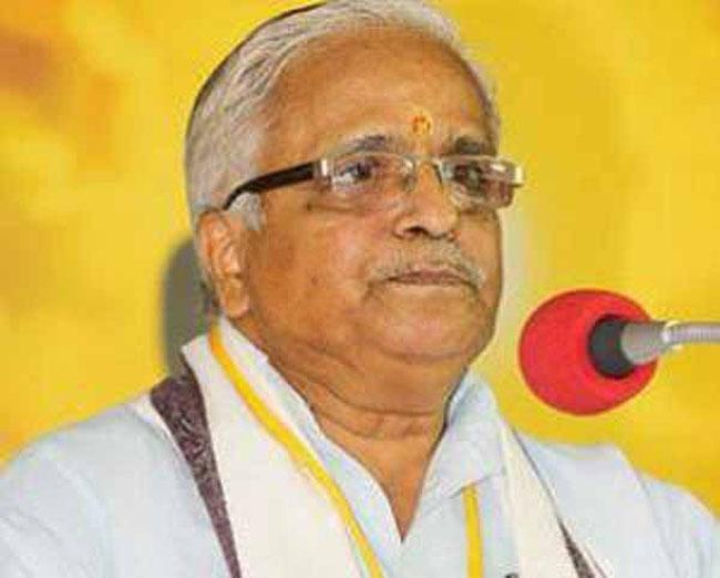 Expose 'opportunist gau rakshaks', RSS to people
