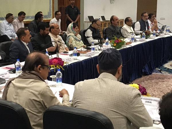 All party delegation reaches Srinagar: meeting with various fractions of Kashmiri people