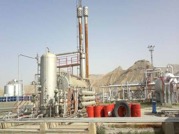 Iran's economy may gt a boost from new oil, gas reserves
