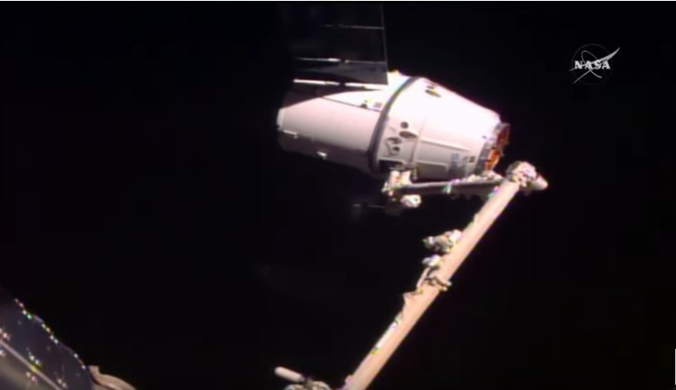 Rendezvous and grapple of SpaceX's Dragon cargo craft  with ISS