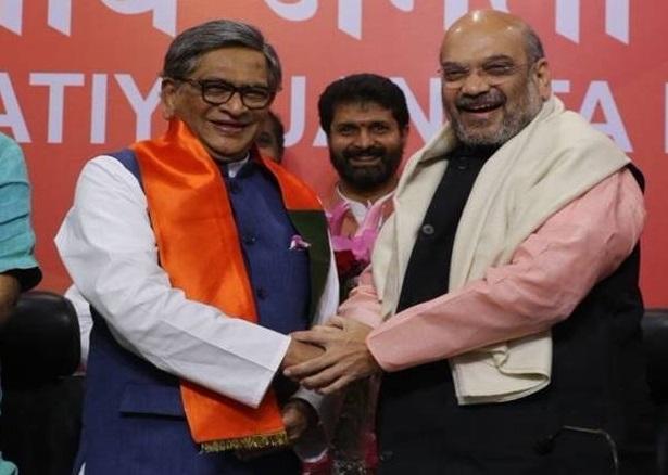 Former Karnataka chief Minister S M Krishna joins BJP