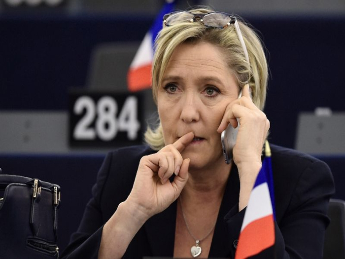 Marine Le Pen stripped off her immunity over ISIS tweet