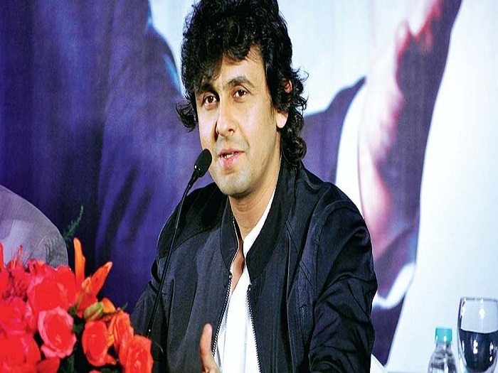 "Sonu Nigam expresses his outrage over ""enforced religiousness"""