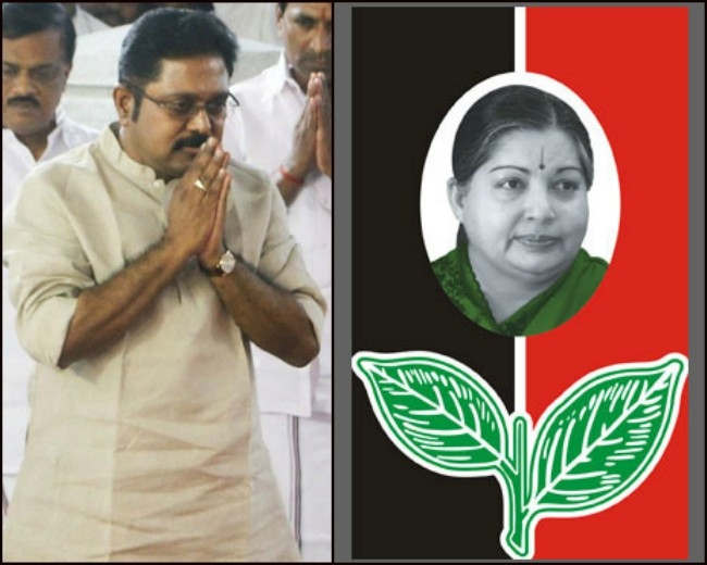 Delhi Police served notice to Dhinakaran for bribing in symbol case; told to appear on Saturday