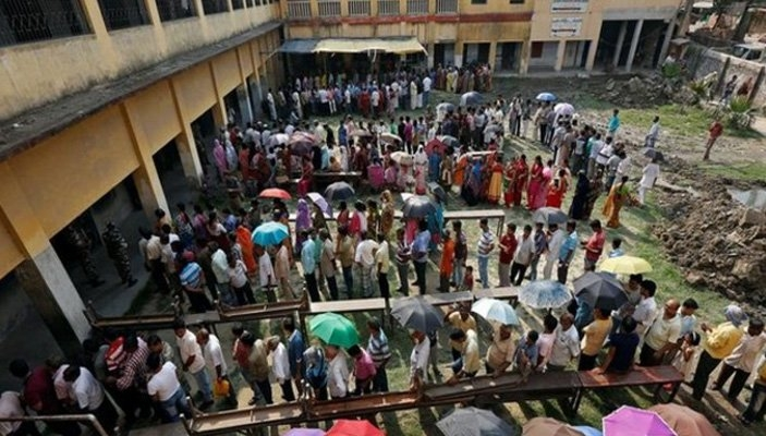 Bombs thrown at polling booths in South 24 Parganas's Pujali amid WB municipal elections