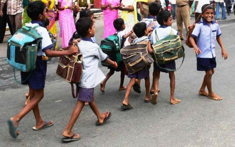 No more burden of school bags for Kerala students!