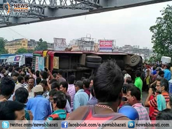 Bus accident takes away two lives and injures several on Howrah Bridge; overtaking trait needs an end