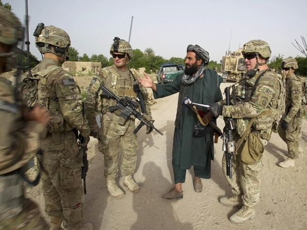 US to send 4,000 additional troops in Afghanistan to combat Taliban, IS
