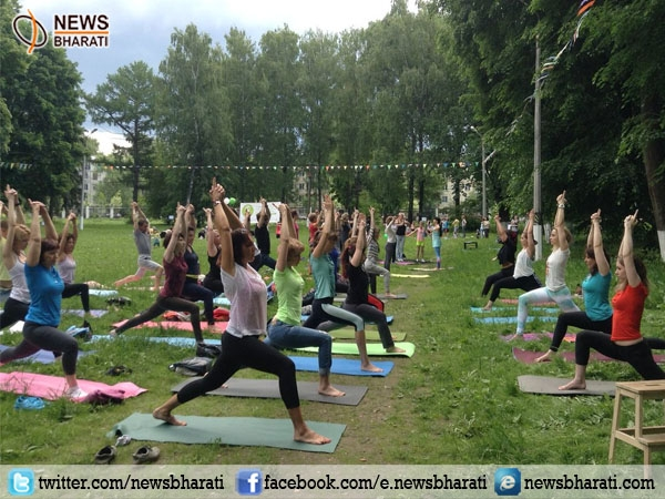 Russia aims to achieve  'a healthy mind in healthy body' on International Yoga Day