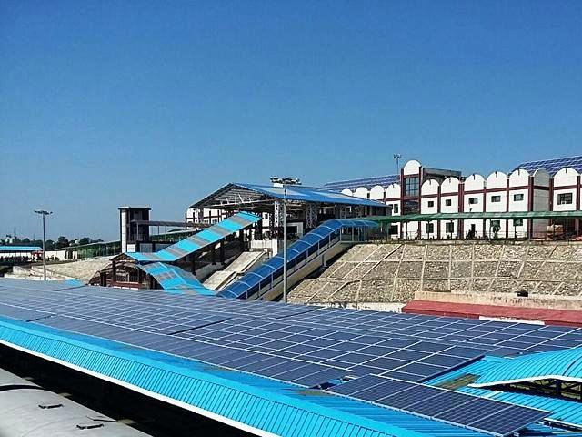 Railways to install solar panels on train's rooftop