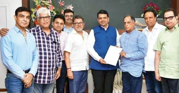 Chief Minister Fadnavis backs film industry over GST rates