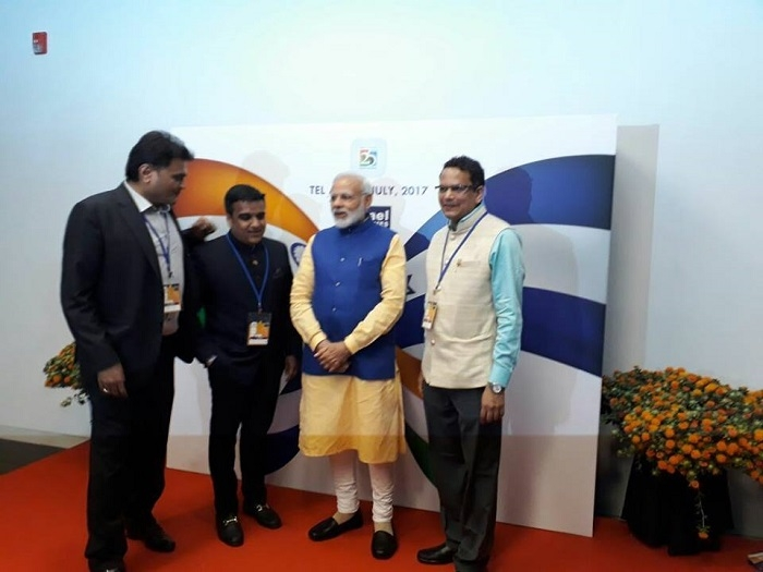 Modi's meeting with Indian diaspora in Israel creates history