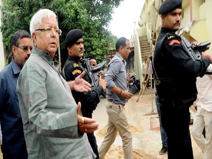 After CBI raids on Lalu Yadav's properties, ED searches Misa Bharti's farm house