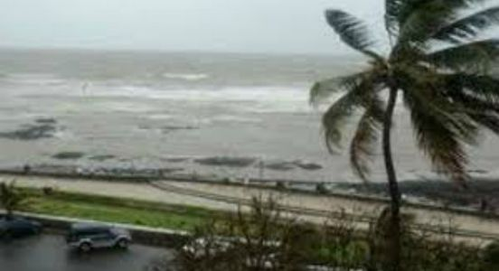 Deep depression over Bay of Bengal hovers southern states; IMD issues warning of cyclonic storm