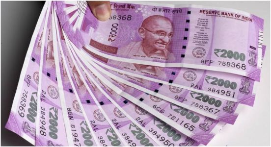 Govt denies to stop  Rs 2000 note