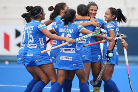 Keeping eyes on 2020 Tokyo Olympics, Hockey India name 22 players for senior women's national camp